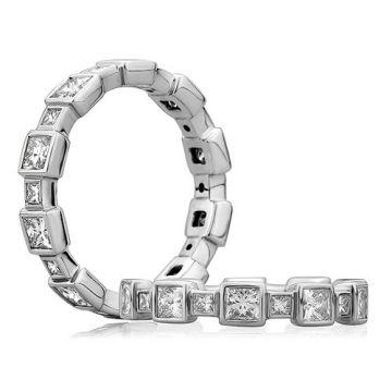 A. Jaffe 18k White Gold Princess Cut Alternating Size Diamond Anniversary Band