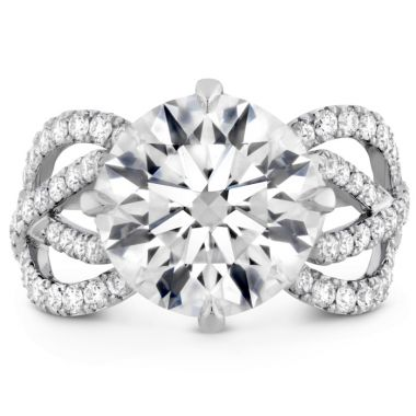 Hearts on Fire The Valencia Diamond Ring in Platinum